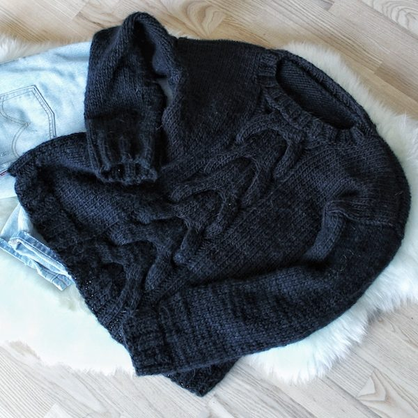abe36c8c7 Cable sweater – knitting pattern. 🔍. Cable sweater med snoninger -  strikkeopskrift