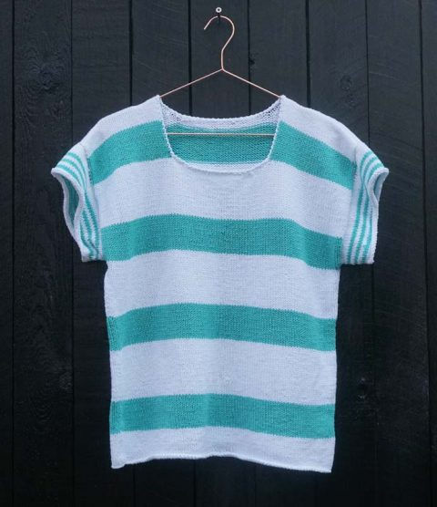 Gratis strikkeopskrift - Stribet sailor t-shirt - Knit Wit Company